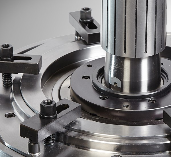 WORKHOLDING SOLUTIONS: WORKHOLDING FIXTURES